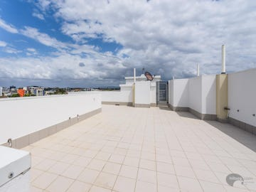 30/136 Marine Parade, Southport, Qld 4215