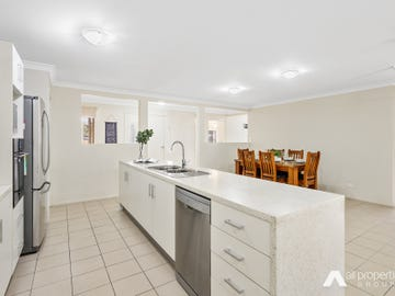 30 Goldfinch Court, Greenbank, Qld 4124