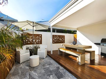 42 Rollinson Road, North Coogee, WA 6163