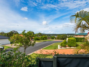 2 Molokai Crescent, Pacific Pines, Qld 4211