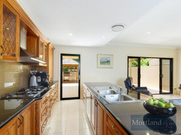 64 Orchard Terrace, St Lucia, Qld 4067