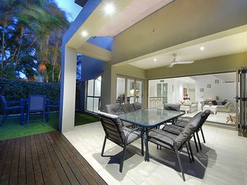 15 Bardon Avenue, Miami, Qld 4220