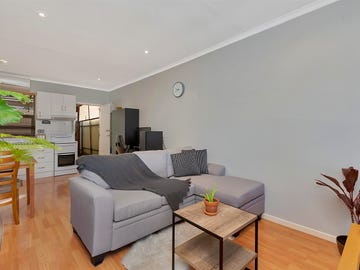 2/121 Nelson Road, Valley View, SA 5093