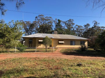 'Mentone', 'Mentone',, Trundle, NSW 2875