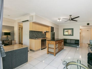 1712/2-10 Greenslopes Street, Cairns North, Qld 4870