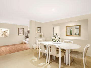 8 Pheasant Court, Cashmere, Qld 4500
