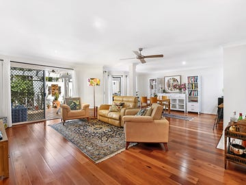 2/100 Apollo Cotlew Street East, Southport, Qld 4215