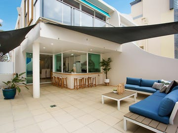 2/105 Albatross Avenue, Mermaid Beach, Qld 4218