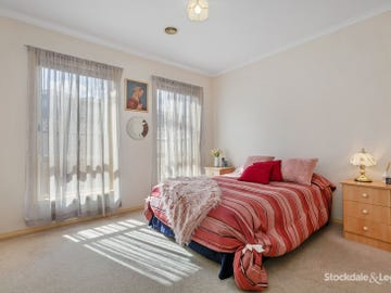 1A Moore Crescent, Reservoir, Vic 3073