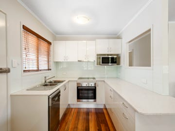 69 Donald St, Woody Point, Qld 4019