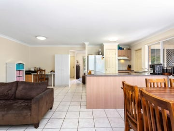 6 Bribie Place, Forest Lake, Qld 4078