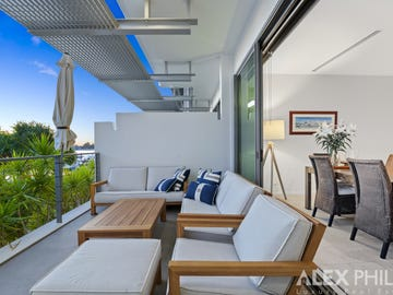 2107/2 Ephraim Island, Paradise Point, Qld 4216