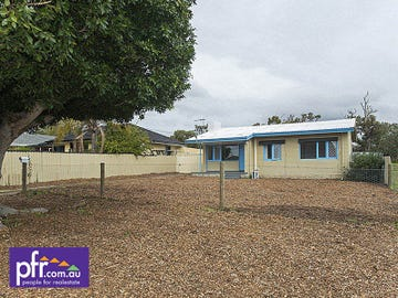 94 Kanowna Ave East, Redcliffe, WA 6104