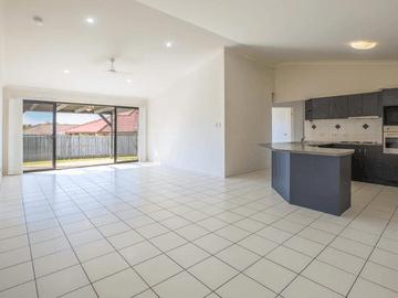 1 Billinghurst Cres, Upper Coomera, Qld 4209