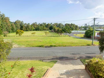 14 Murray Drive, Coffs Harbour, NSW 2450