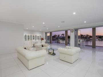 144 The Peninsula, Helensvale, Qld 4212