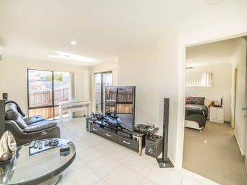 1/1 Fortescue Street, Pacific Pines, Qld 4211