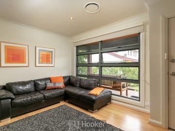 4 Melton Place, Croudace Bay, NSW 2280