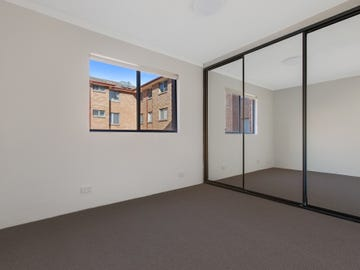 16/6 Eyre Place, Warrawong, NSW 2502