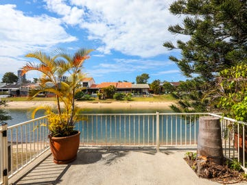10/17-19 Aquila Court, Mermaid Waters, Qld 4218