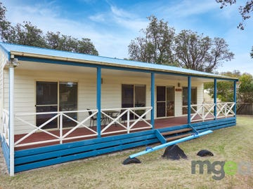 23 Finisterre Drive, The Honeysuckles, Vic 3851