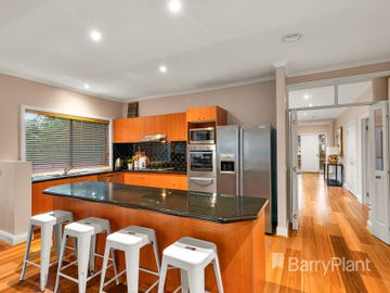 57 Kalbar Road, Eltham, Vic 3095