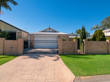 21 Coombe Avenue, Hope Island, Qld 4212