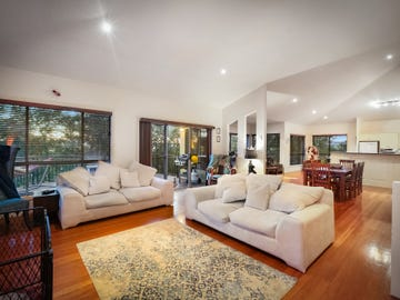 12 Cooper Road, Green Point, NSW 2251