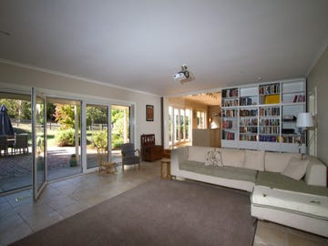 291  Harpers Road, Woodend, Vic 3442