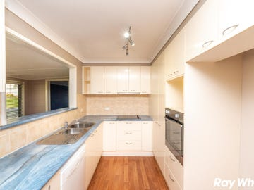 61 Seabreeze Pde, Green Point, NSW 2428