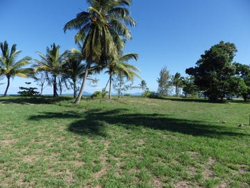 50 Taylor Street, Tully Heads, Qld 4854