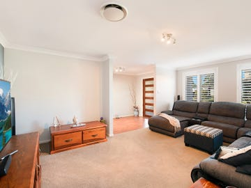 2 Glasshouse Ridge, Mount Hutton, NSW 2290