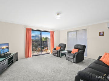 5  Oakwood Place, Horsley, NSW 2530