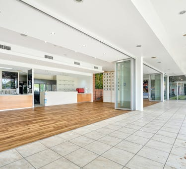 2/101 Clarence Street, Indooroopilly, Qld 4068