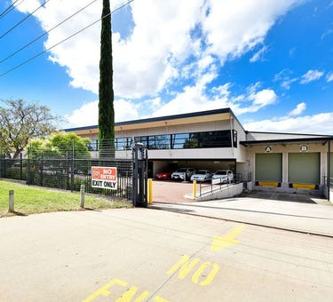 38-40 Magnet Road, Canning Vale, WA 6155