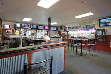 Swan Reach Hotel, Hasse Hill Road Swan Reach SA 5354 - Image 3
