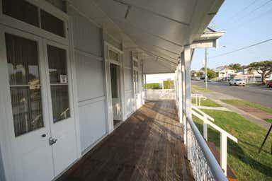 61 Tingal Road Wynnum QLD 4178 - Image 2