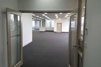 Unit 9, 156 Highbury Road Burwood VIC 3125 - Image 4