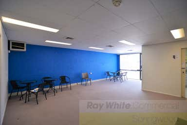 Unit 3/3464 Pacific Highway Springwood QLD 4127 - Image 3