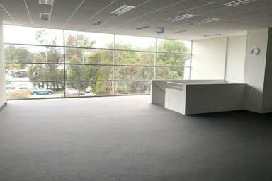 4 Hawke Street Kincumber NSW 2251 - Image 3