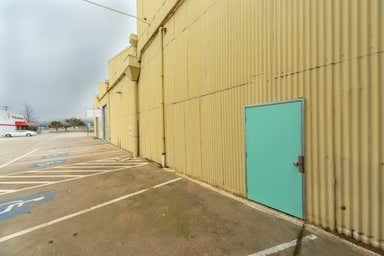 200-208 North Street Albury NSW 2640 - Image 4