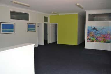Shop 10, 5-7 Tallebudgera Creek Road Burleigh Heads QLD 4220 - Image 4