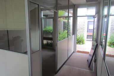 Suite 5&6, 251 BLACKBURN ROAD Mount Waverley VIC 3149 - Image 4