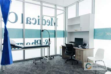 Portside Medical Centre, 33 Remora Road Hamilton QLD 4007 - Image 3