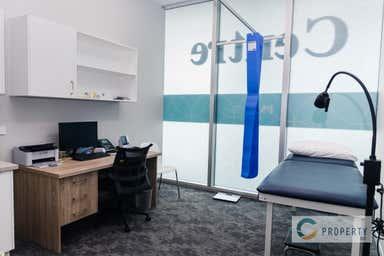Portside Medical Centre, 33 Remora Road Hamilton QLD 4007 - Image 4