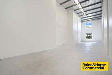 8/31 Thompson Street Bowen Hills QLD 4006 - Image 4