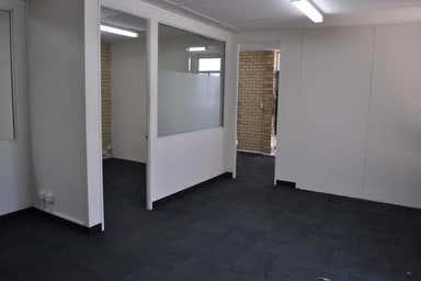 Unit 2, 23 Glassford Road Kewdale WA 6105 - Image 4