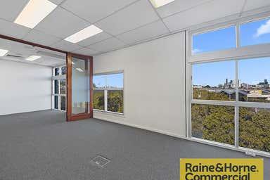 2/18-28 Bimbil Street Albion QLD 4010 - Image 4
