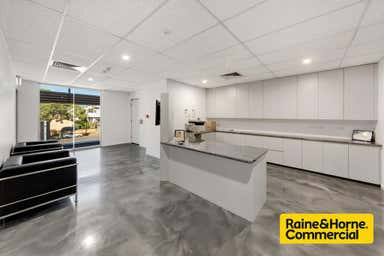 1/251 James Street Toowoomba City QLD 4350 - Image 4