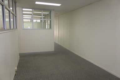 18/200 Moggill Road Taringa QLD 4068 - Image 3